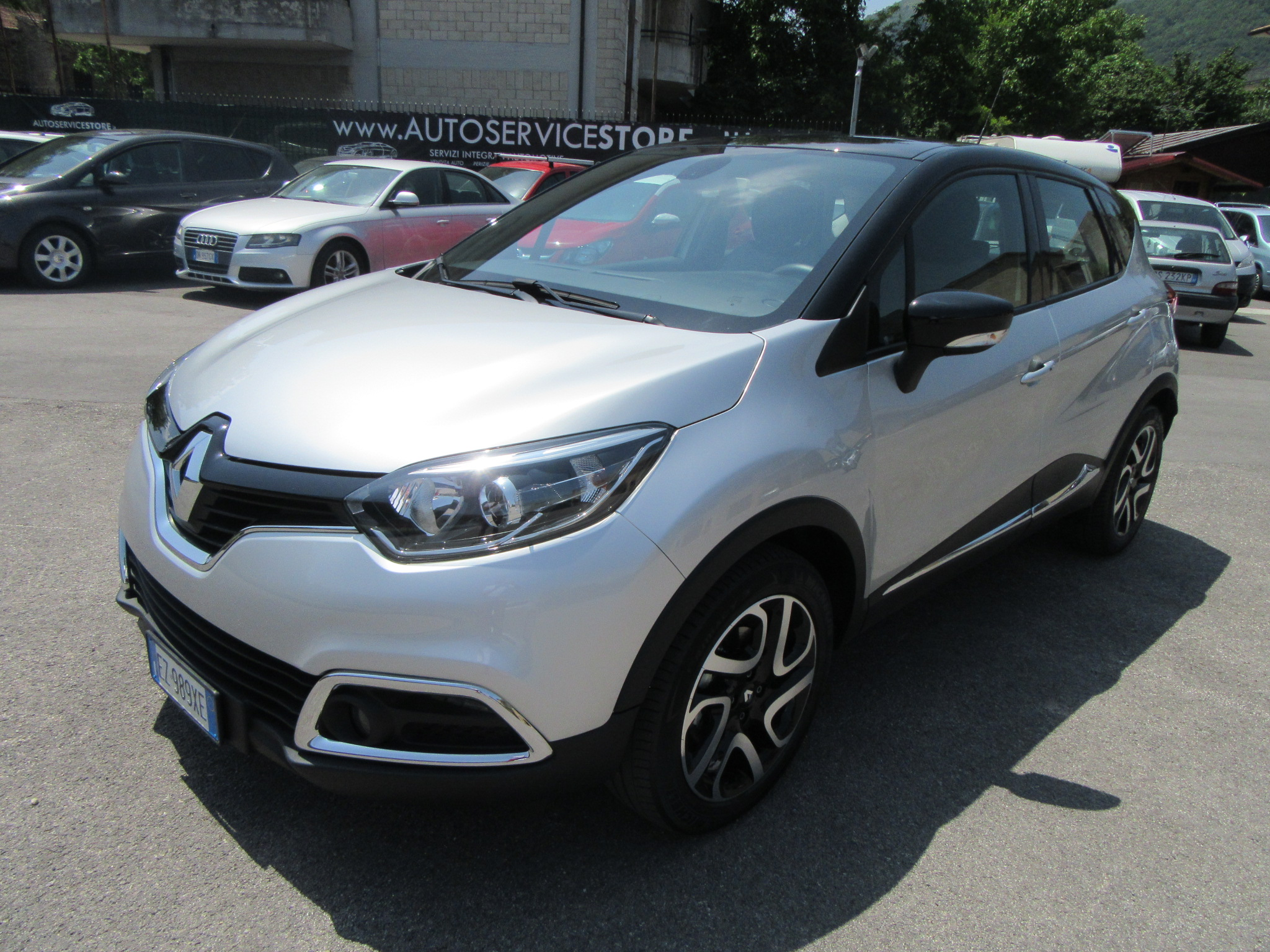 renault captur 1 5 dci 90 cv autoservicestore. Black Bedroom Furniture Sets. Home Design Ideas